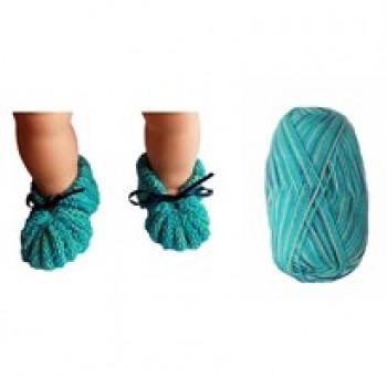 DIY - Skønne Babyfutter - Strikke kit i superwash uld - turkis nuancer - str. 0-3 mdr - 3-6 mdr.