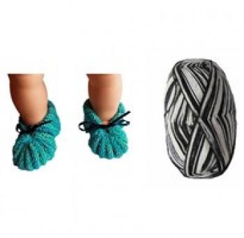 DIY - Skønne Babyfutter - Strikke kit i superwash uld - Sort og hvide farver - str. 0-3 mdr - 3-6 mdr.