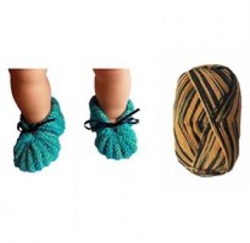DIY - Skønne Babyfutter - Strikke kit i superwash uld - Sort og orange farver - str. 0-3 mdr - 3-6 mdr.