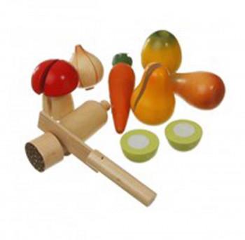 Grøntsager og pølse i net