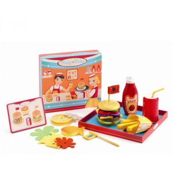 Djeco - Legekøkken - Spisestel i træ - Burgerbar - Ricky & Daisy